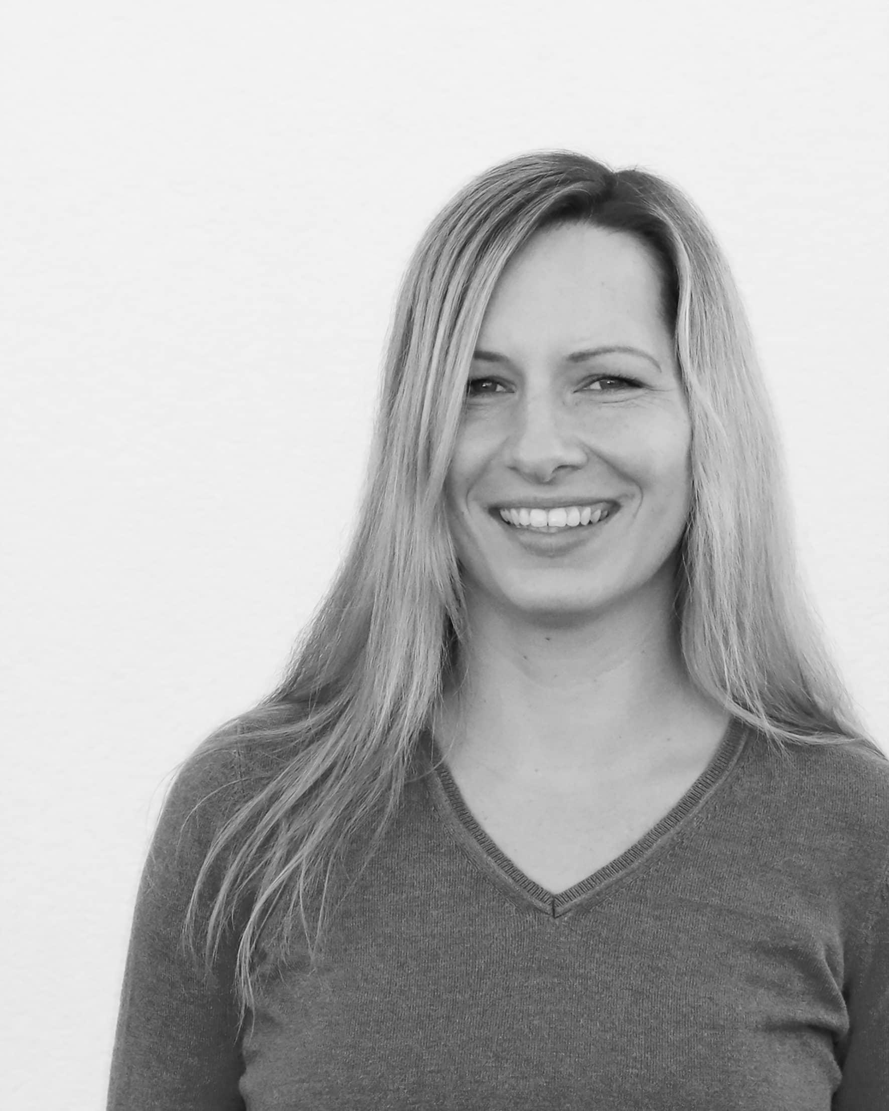 neuefinanzkultur Immobilien kaufen bauen finanzierungen Versicherung Team Sophie